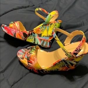 Jasmin Floral Wedges Brand New